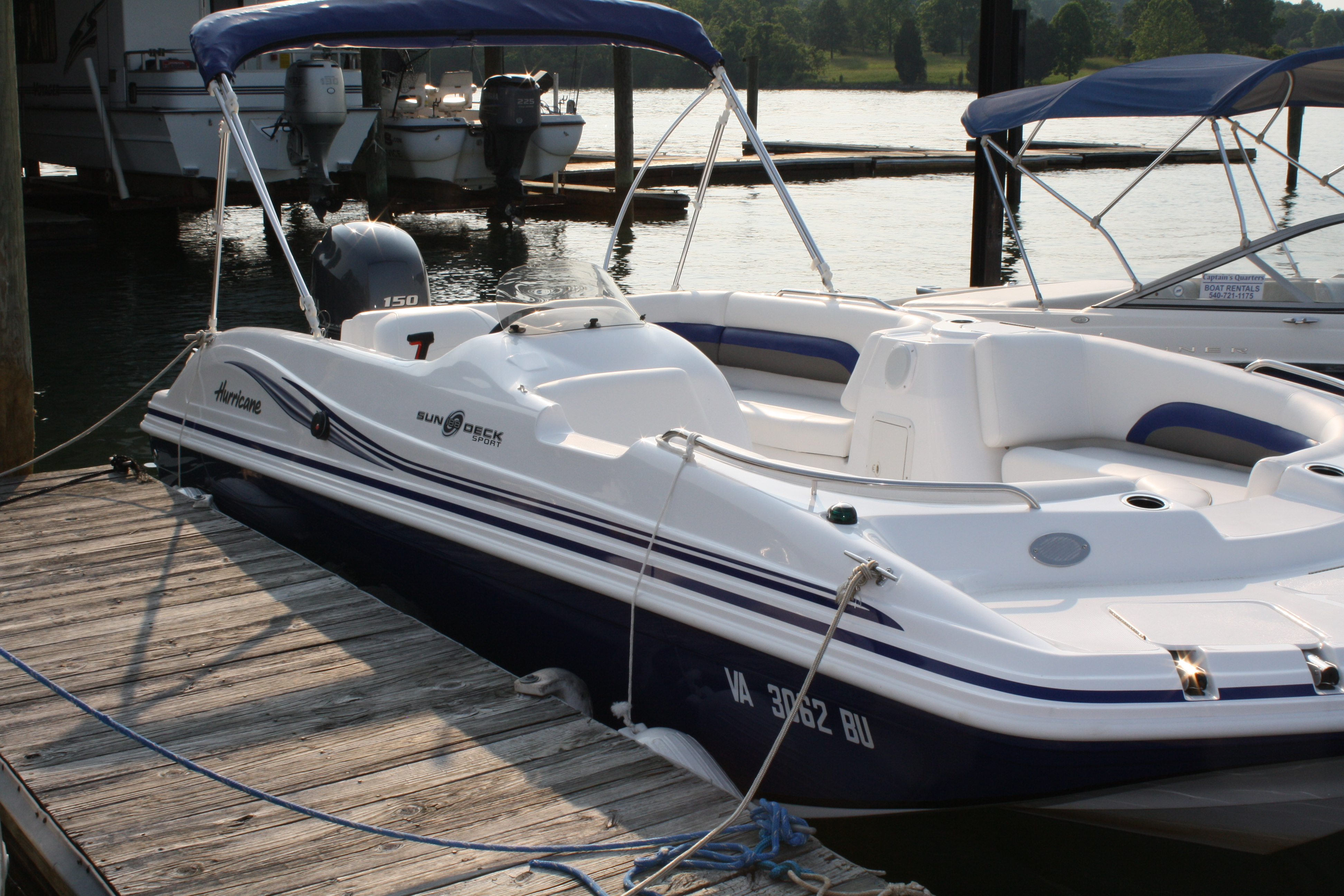Deck Boat | Smith Mountain Lake Captains Quarters